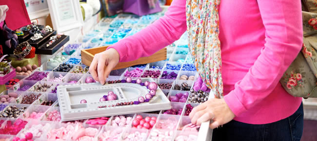 How to find the best deals on beads