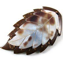 Hammershell/coco leaf pendant wholesale pendants