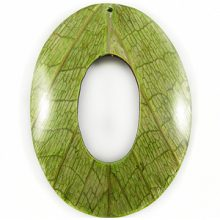 Coco back oval w/ Cab-Caban leaf 62mm wholesale pendants