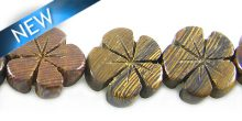 Robles wooden flower 15mm bead
