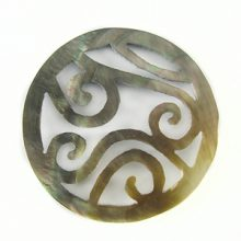 blacklip round carved 40mm wholesale pendant