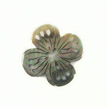 blacklip carved flower w/ 4-petal 32mm wholesale pendant