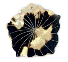 Brownlip flower grooved wholesale pendant