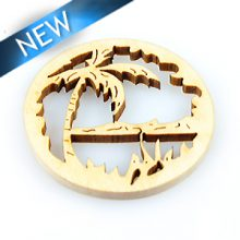 White wood laser cut round shape 39mm