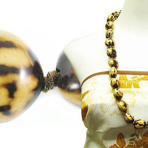 wholesale Kukui nut - marble