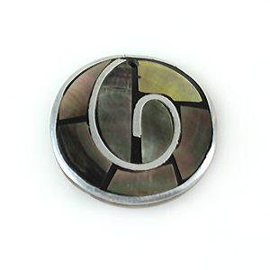 Blacklip 30mm round pendant w/ metal frame