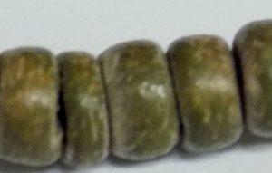 Coco round 4-5mm khaki wholesale beads